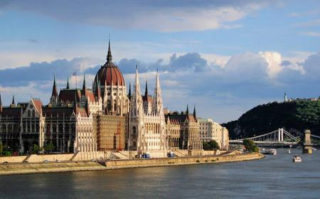 Budapest: compact city walk through downtown