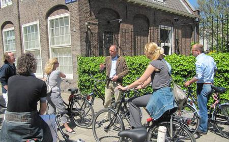 Amsterdam 2-Hour Bike Tour and Hermitage Museum Ticket