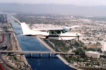 Los Angeles Deluxe Champagne Airplane Tour
