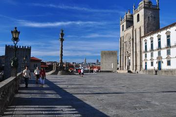 Half-Day Monumental Porto Tour with Wine Tasting