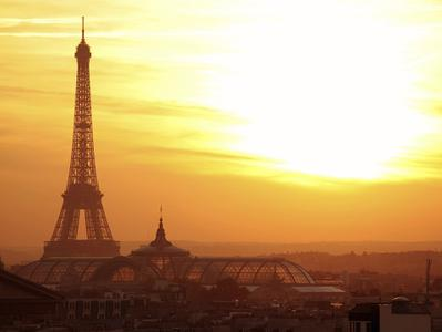 Dinner at Eiffel Tower + Seine River Cruise + Moulin Rouge Cabaret Show Combo Tour