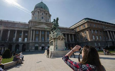 Budapest: Photography Tour w/ Training & Private Round Trip