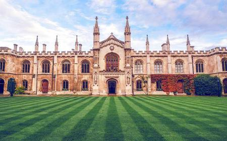 Cambridge Welcome Tour: Private Tour with a Local