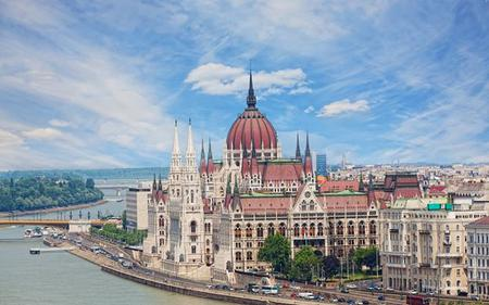 Budapest Highlights with Entry to the Parliament