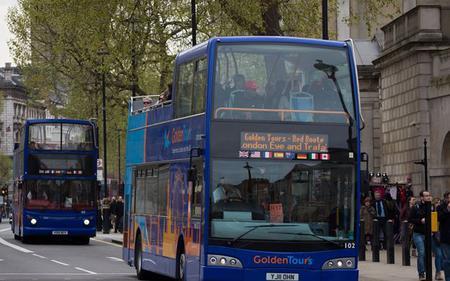 1 Day London Hop-on, Hop-Off Bus – Golden Tours