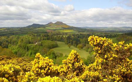 The Da Vinci Code Tour - Melrose, Rosslyn Chapel and the Scottish borders - from Edinburgh