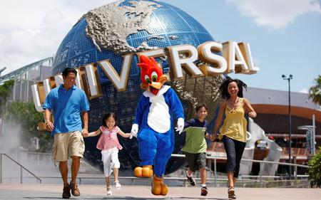 Saver Combo: Universal Studios Singapore® and S.E.A Aquarium with Hotel Pick-Up