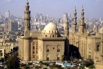 Private Tour to the Bustling Souk and Madrasa of Sultan Hassan