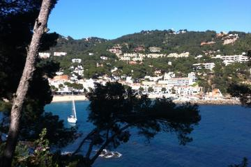 Girona and Costa Brava Day Tour with Driver Guide