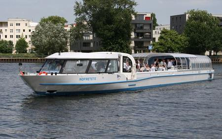 1-hour Berlin Sightseeing Cruise