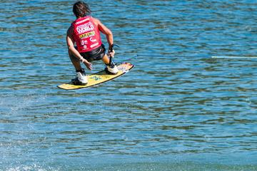 Wakeboard or Wakesurf Lesson in Los Cabos