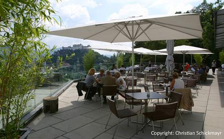 Salzburg City Tour with Coffee & Cake at Restaurant M32