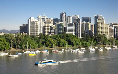 Brisbane Sightseeing Tour and River Cruise