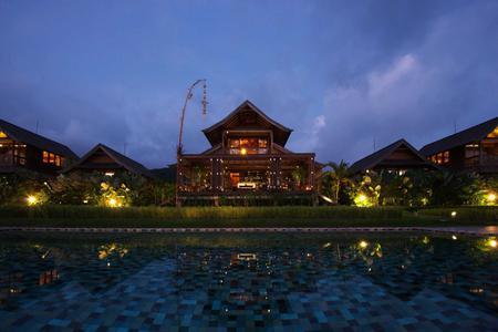 Munduk Romantic Dinner - Suprise Menu & Balinese Dance