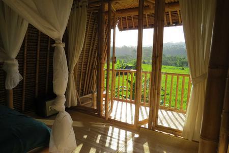 2D/1N Romantic Activities in East Bali Countryside