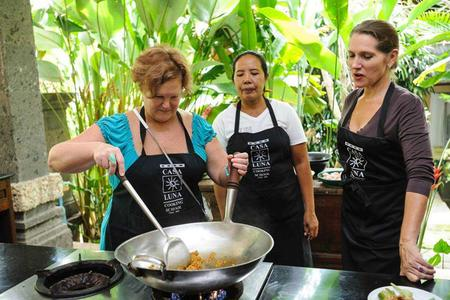Typical Balinese Cooking Class and Market Tour