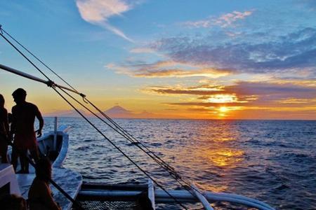 Private Charter Cruise around Gili Islands