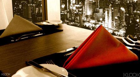 Crystal Grill Dinner Buffet