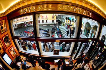 Skip the Line: Hard Rock Cafe Venice Including Meal