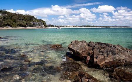 Noosa and the Sunshine Coast Hinterland Tour with Noosa River Cruise- from Brisbane