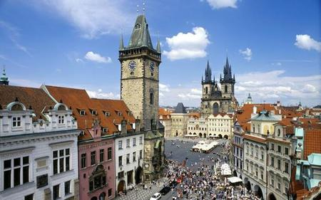 Prague in a Nutshell: Old Town, Jewish Quarter, River Cruise and more!