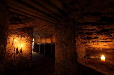 Edinburgh Super Saver: Underground Vaults Walking Tour and Blair Street Underground Vaults Evening Walking Tour