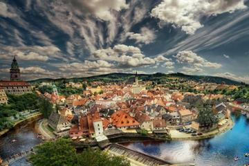 Private Sightseeing Trip from Vienna to Prague via Cesky Krumlov with a Guided Tour