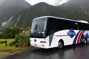 Full-Day Luxury Milford Sound Tour by Coach and Cruise from Queenstown