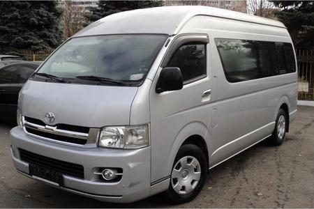 KLIA / KLIA2 Airport < > Genting Highlands - One Way Airport Transfer Service with a Toyota Hiace van