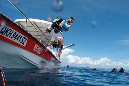 Satang Island National Park Diving Trip