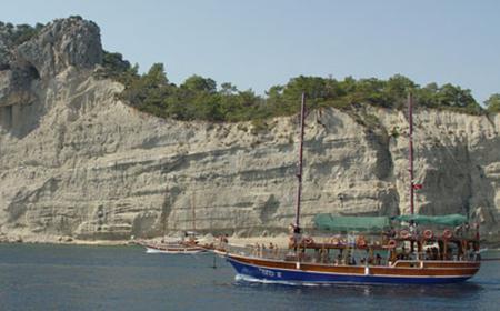 Full-Day Turkish Coast Yacht Cruise