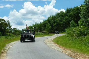 Overnight Bho Hoong and Co Tu Explorer Tour by US Military Jeep