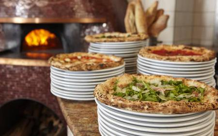 Naples: 5-Hour Pizza Making Master Class & City Tour