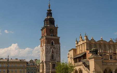Krakow Old Town Walking Tour With Free Audio Guide