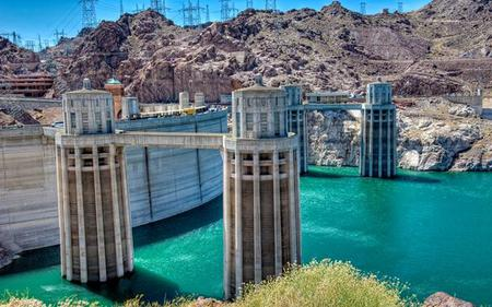 Hoover Dam with Optional Colorado River Rafting - Tour from Las Vegas