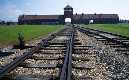 Auschwitz – Birkenau Tour With Free Audio Guide