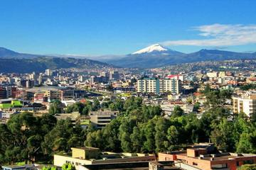 4-Day Best of Quito Tour: Otavalo Market, Middle of the World Monument and City Sightseeing Tour