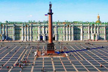St Petersburg Full Day Van with Driver and a Guide Visa-Free