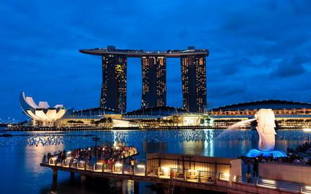 Singapore Day and Night Combo: Hop-On, Hop-Off Tour, Night Tour and More!