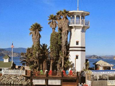Fisherman's Wharf Walking Tour with Alcatraz