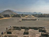 1-Day Guadalupe Shrine and Teotihuacan Pyramids Tour from Mexico City