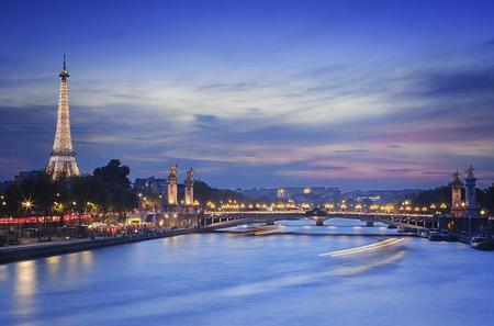 Eiffel Tower, Seine River Cruise and Paris Illuminations Night Tour