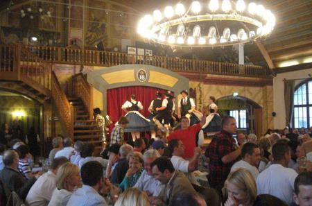 Munich by Night and Dinner at Hofbrauhaus