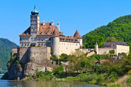 Danube Valley Day Trip from Vienna