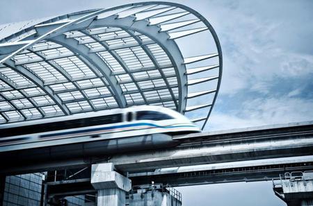Hin- und Rückfahrt in der Hochgeschwindigkeits-Magnetschwebebahn: ab Shanghai Pudong International Airport