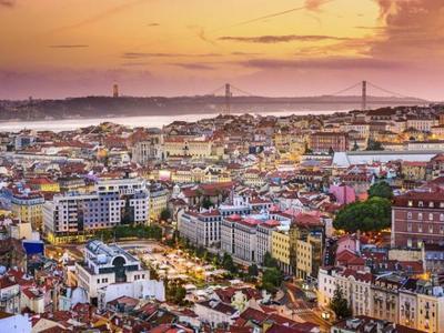 Lisbon Hop-On Hop-Off Sightseeing Tour