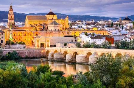5-Day Andalucia and Toledo Tour from Barcelona