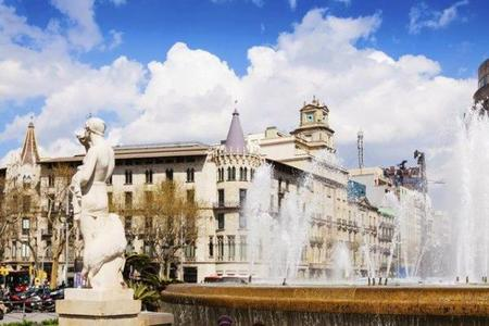 Half-Day Barcelona Sightseeing Tour: Montjuic - Spanish Village - Gothic Quarter