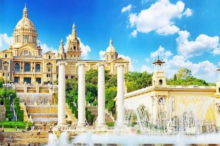 Skip the Line: Best of Barcelona Tour w/ Sagrada Familia