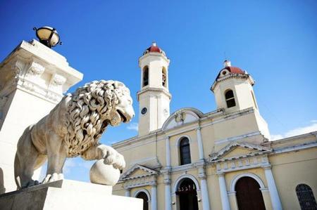 15-Day Cuba Adventure: Havana - Santa Clara - Cienfuegos